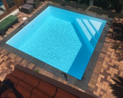 Luksus pool installeret og klargørt hos kunde fra Bagsværd, Sjælland